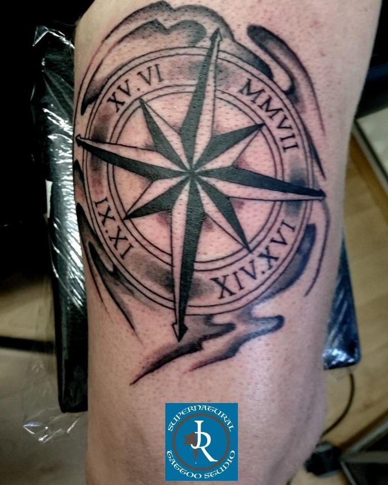 Kompas compass tattoo shading