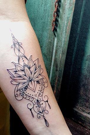 Mandala lotusflower tattool